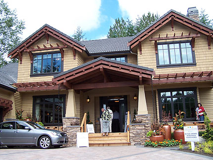 2007 seattle street of dreams info northwest eddy for Craftsman style architects